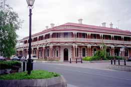 Jens Town Hall Hotel - Accommodation Rockhampton