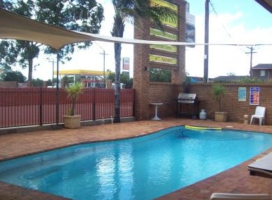 Town And Country Motor Inn Cobar - Accommodation Rockhampton