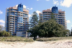 AA Oceana On Broadbeach - Accommodation Rockhampton