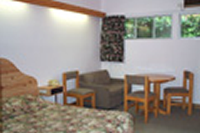 Le Cavalier Court Motel - Accommodation Rockhampton