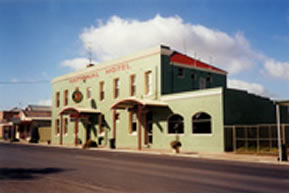 National Hotel - Accommodation Rockhampton