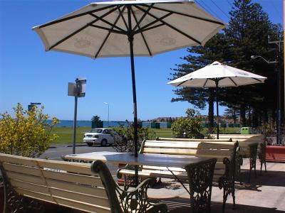 Anchorage at Victor Harbor Seafront Hotel - Accommodation Rockhampton