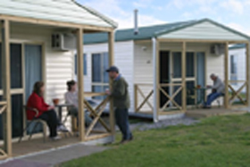 Discovery Holiday Parks Devonport Cosy Cabins - Accommodation Rockhampton