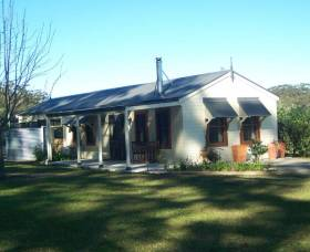 Hillcrest Cottage - Accommodation Rockhampton