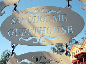 Sandholme Guesthouse 5 Star - Accommodation Rockhampton