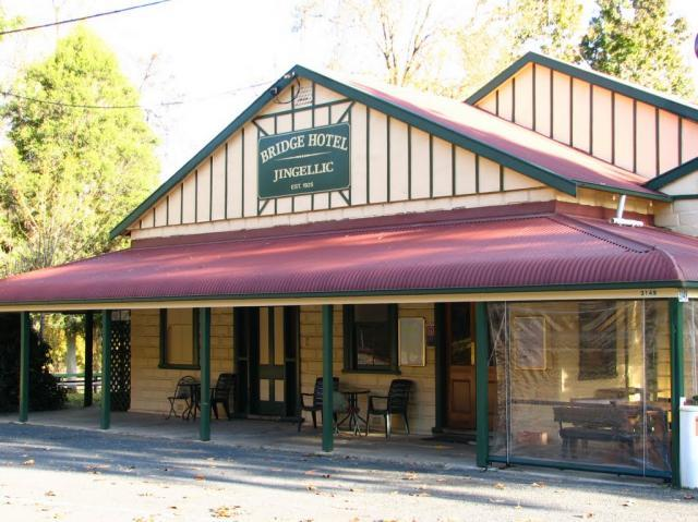 Bridge Hotel at Jingellic - Accommodation Rockhampton