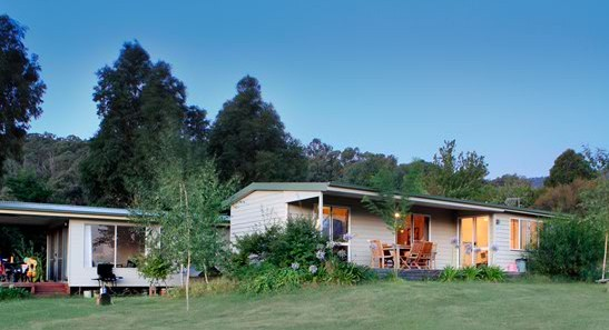Queens Cottage - Accommodation Rockhampton