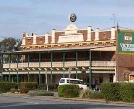 Commercial Hotel Barellan - Accommodation Rockhampton