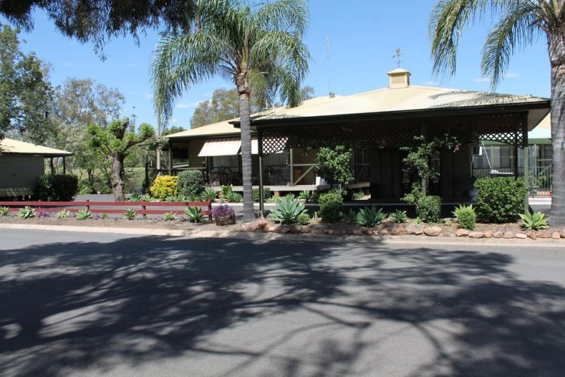 Lake Forbes Motel - Accommodation Rockhampton