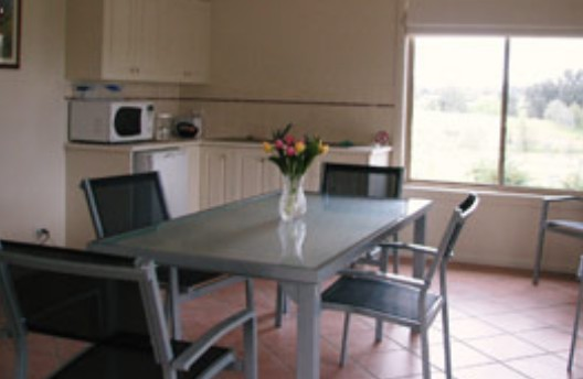 Burns B and B and Yabby Farm - Accommodation Rockhampton