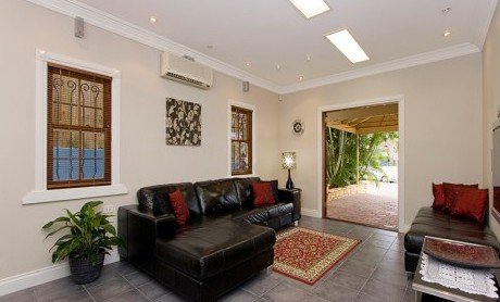 Swan Inn Bed and Breakfast - Accommodation Rockhampton