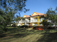 Coral Cove Resort  Golf Club - Accommodation Rockhampton