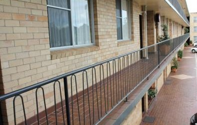 AZA Motel - Accommodation Rockhampton