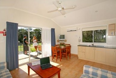 Samurai Beach Resort - Accommodation Rockhampton
