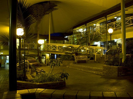 Mayfair Plaza Motel - Accommodation Rockhampton
