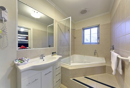 Comfort Inn And Suites Georgian Albury - Accommodation Rockhampton