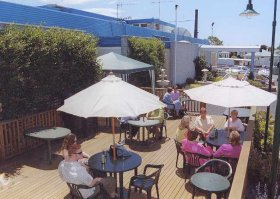 Top Of The Town Hotel - Accommodation Rockhampton