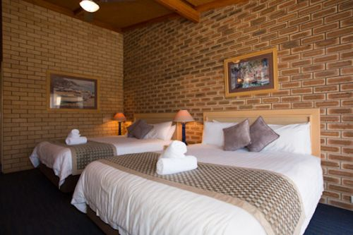 The Town House Motor Inn - Sundowner Goondiwindi - Accommodation Rockhampton