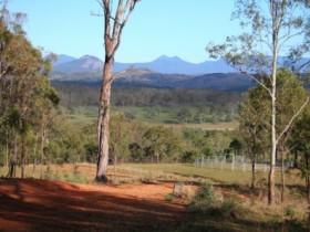 Destiny Boonah Eco Cottage And Donkey Farm