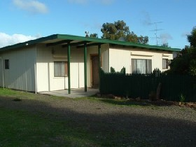 Caramor Cottages - Nathan's Nook - Accommodation Rockhampton