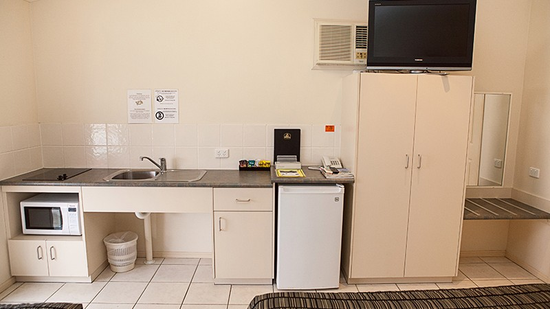 BEST WESTERN Caboolture Central Motor Inn - Accommodation Rockhampton