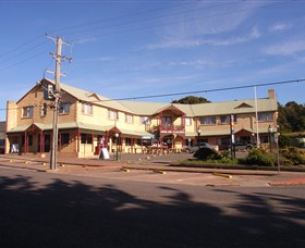 Parer's King Island Hotel - Accommodation Rockhampton