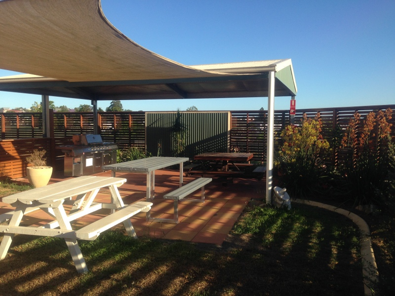 Gympie Caravan Park - Queens Park - Accommodation Rockhampton