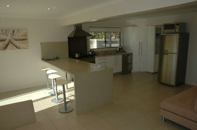 Joylaine Beach House - Accommodation Rockhampton