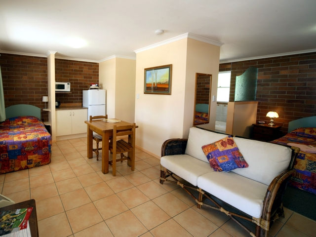 Rubyvale Motel  Holiday Units - Accommodation Rockhampton