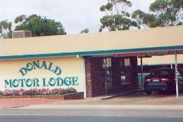 DONALD MOTOR LODGE - Accommodation Rockhampton