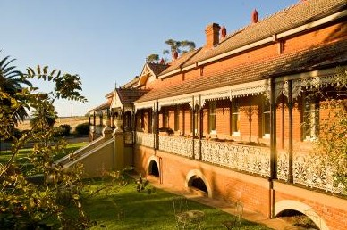 Hermitage Hill Resort And Conference Centre - Accommodation Rockhampton
