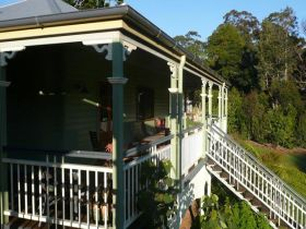 The Sanctuary Springbrook. Guest House / Cottage - Accommodation Rockhampton