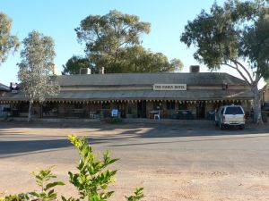 The Family Hotel - Accommodation Rockhampton