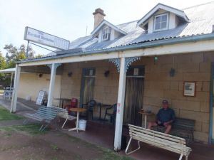 Marshall McMahon Inn - Accommodation Rockhampton