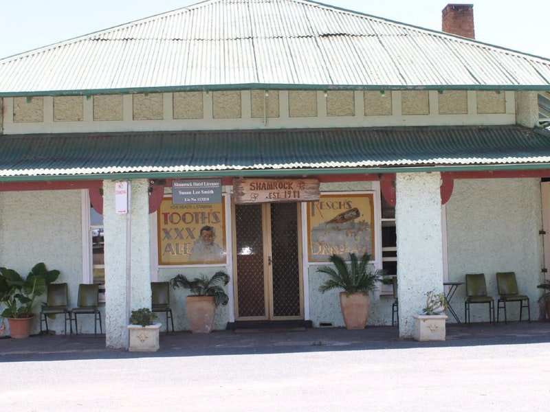 Shamrock Hotel - Greenethorpe - Accommodation Rockhampton