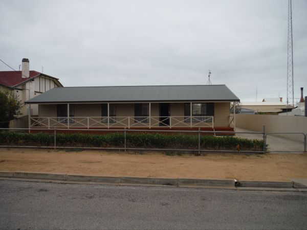 Lawhill Lodge - Accommodation Rockhampton