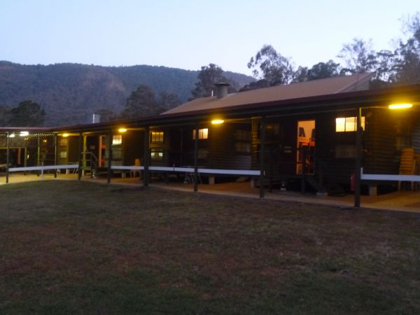 Christmas Creek Cafe and Cabins - Accommodation Rockhampton