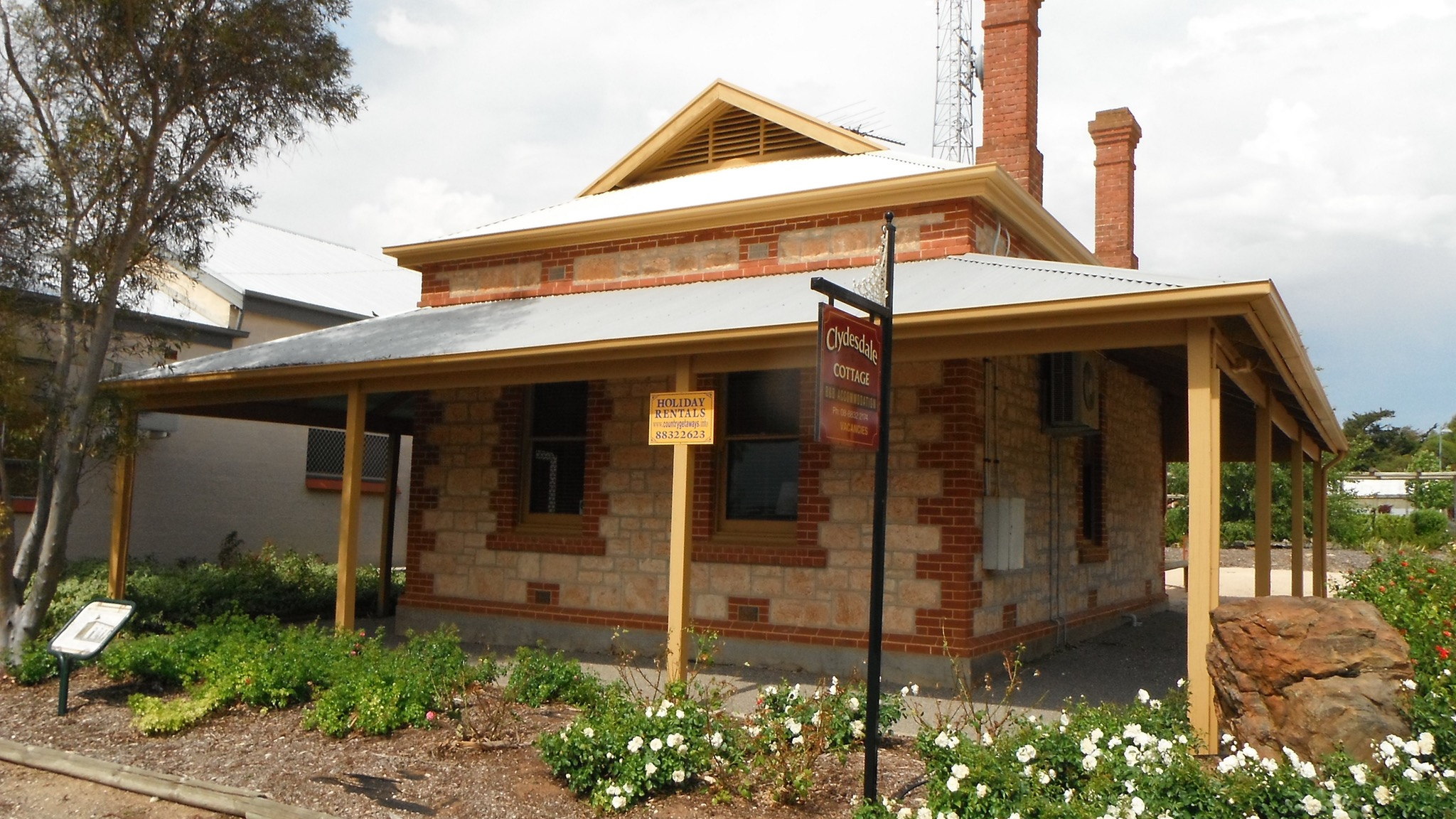 Clydesdale Cottage Bed  Breakfast - Accommodation Rockhampton