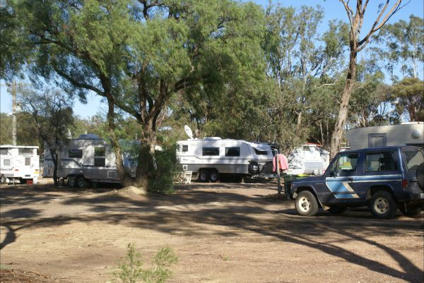 Inglewood Motel and Caravan Park - Accommodation Rockhampton