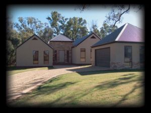 River Park House - Accommodation Rockhampton