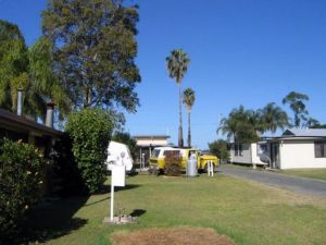 Browns Caravan Park - Accommodation Rockhampton