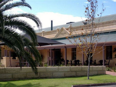 Dongara Hotel Motel - Accommodation Rockhampton
