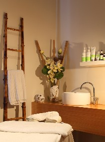 Indulge Spa Retreat - Accommodation Rockhampton
