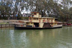 Emmylou Paddle Steamer - Accommodation Rockhampton