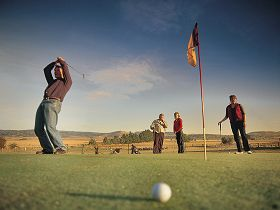 Ratho Farm  Golf - Accommodation Rockhampton