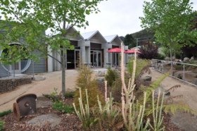 Tin Dragon Interpretation Centre and Cafe - Accommodation Rockhampton