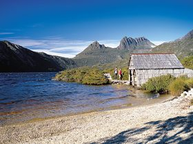 Dove Lake Circuit - Accommodation Rockhampton