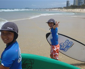 Broadbeach Surf School - Accommodation Rockhampton