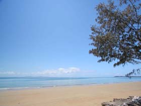 Blacks Beach - Accommodation Rockhampton