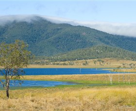 Lake Elphinstone - Accommodation Rockhampton